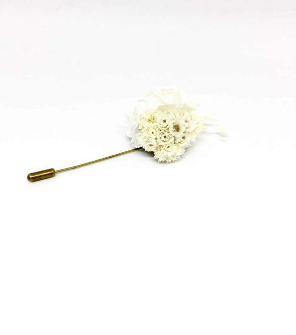 Boutonnière broche Simplice en fleurs d'immortelles - Marié et témoins