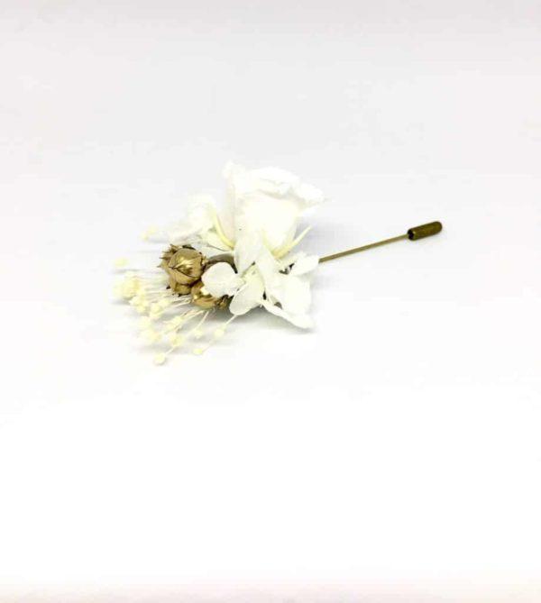 Boutonnière broche Caprais - Boutonnières en fleurs séchées et stabilisées